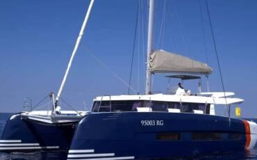 Dufour 48 Catamaran SHU - BLUE HULL, AC+GEN., UNDERWATER LIGHTS
