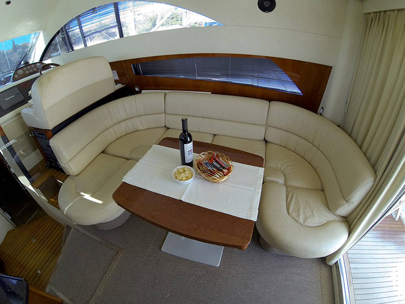 Fairline Phantom 40, Fair Play