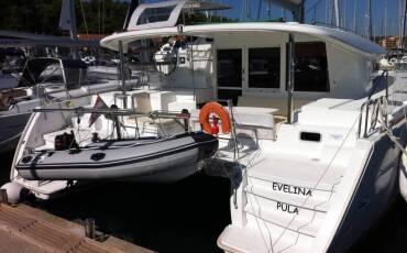 Lagoon 400 S2 Evelina