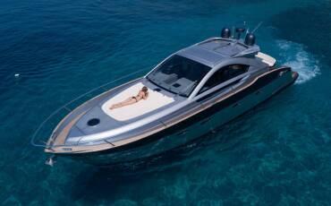 Pearlsea 56 Coupe, Silver Arrow