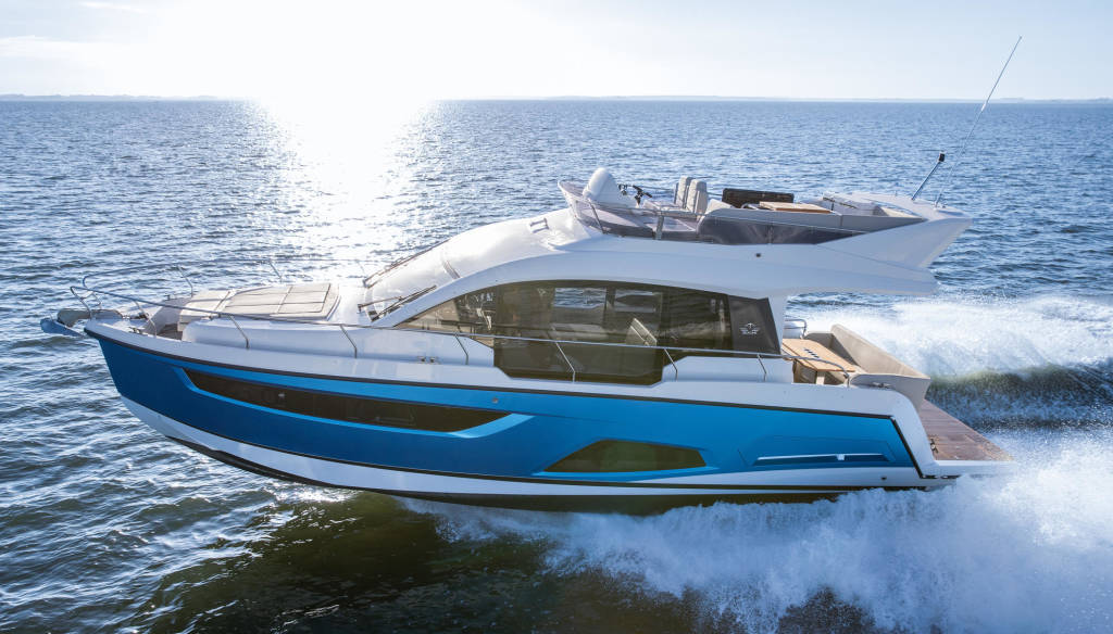 Sealine F430, Blue Lagoon